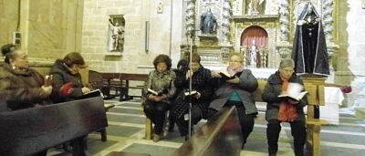 jueves santo dos columnas cantalpino