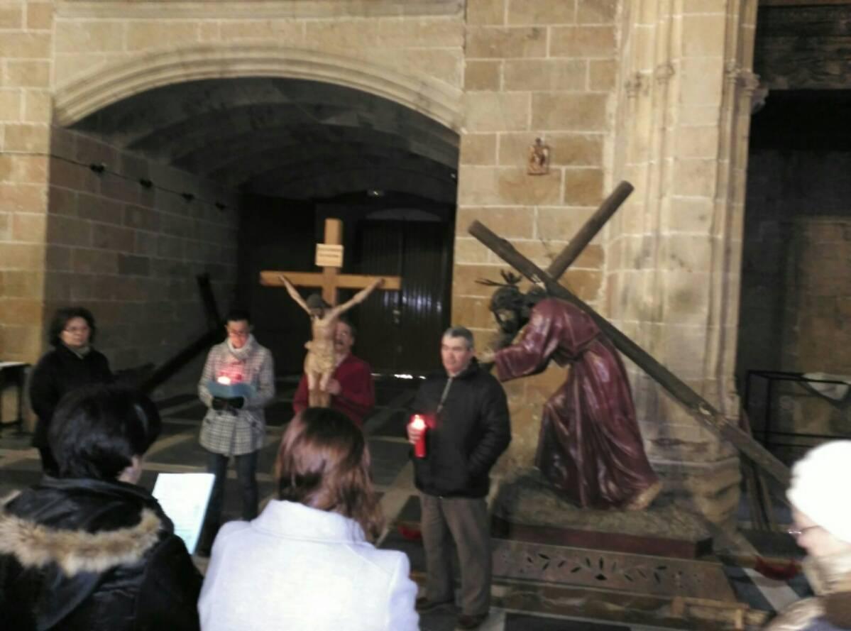 viacrucis cantalpino dos columnas