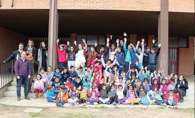 Los niños del C.R.A Eusebia Palomino participan en un taller de comunición