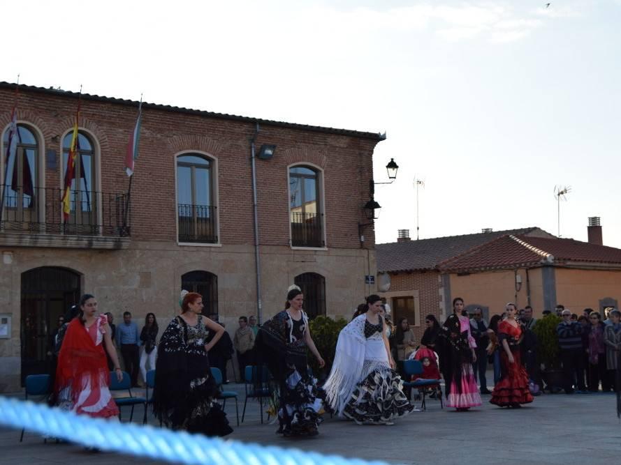 bailes mayo 2016