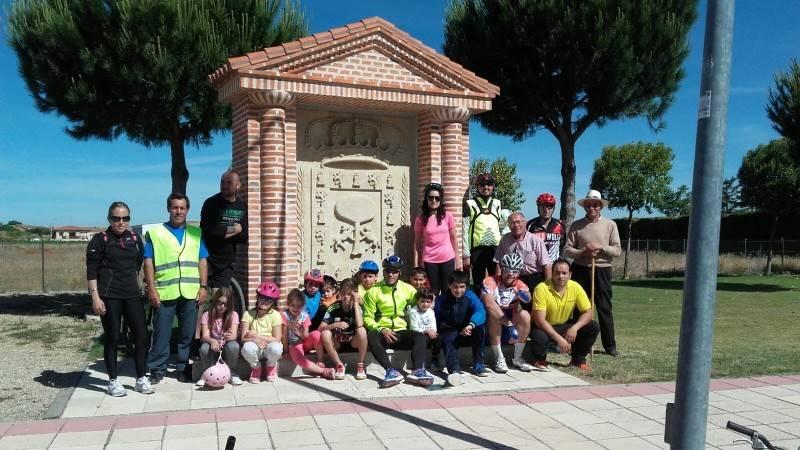 Éxito en la ruta en bicicleta por los caminos cantalpineses