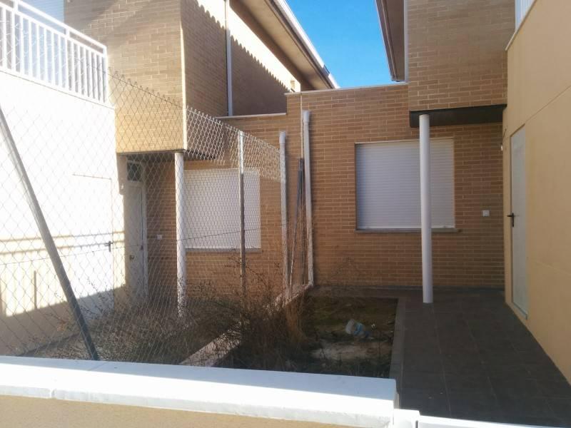 Proteccion para casas finest consejos importantes para - Casas de proteccion oficial ...