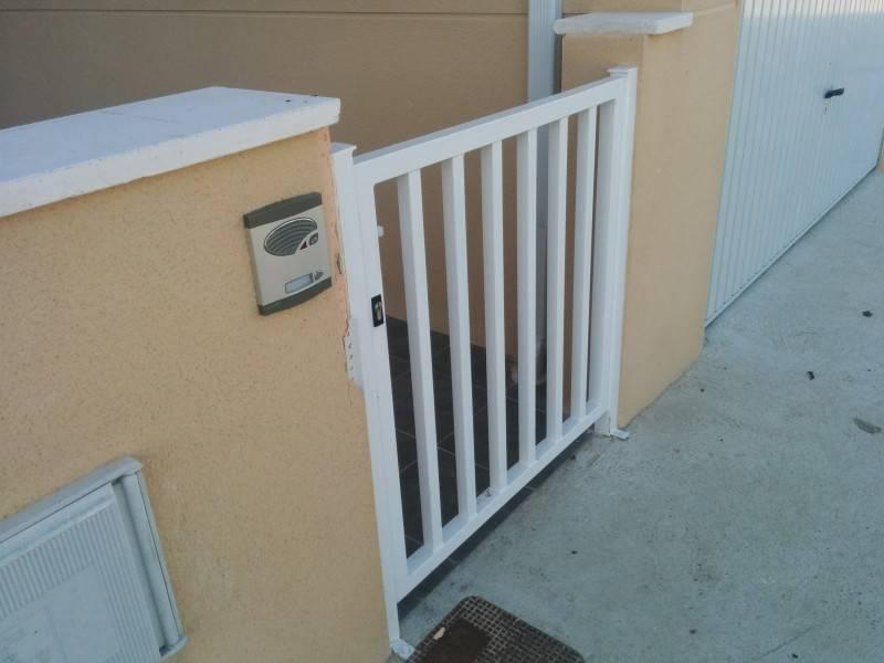 Convocada reuni n informativa para la obtenci n de las casas de protecci n oficial dos columnas - Casas de proteccion oficial ...